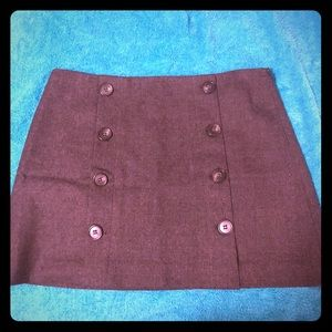 Theory gray wool mini skirt with buttons // size 4